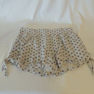 Free People short shorts womens size small